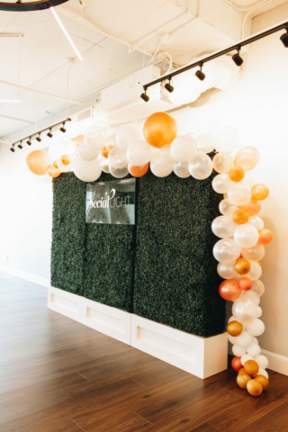 Greenery wall with balloon border